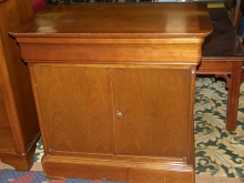 2DC05OF Oak Finish Bedside Cabinets with Concealed Drawer