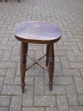 LBS01PWS Traditional Style Low Bar Stool in Dark Oak Finish