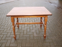 MOT13  Medium Oak Table