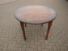 RFHT1 Large Round Farmhouse Table. 105cm Top