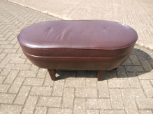 LPS11 Large Leather Pouffe / Stool