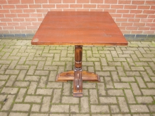 BPT1 Bar / Restaurant Pedestal Table with 69cm Top