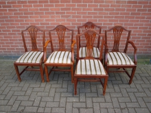 SETCC5 Set of 5 Chairs. 2 Carvers + 3 Side Chairs