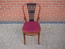 BWDW80 Bentwood Chair with Red Upholstered Seat Pad