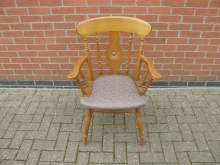 BEYC1 Bullseye Carver Chair with Light Brown Upholstery