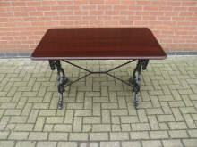 RBTHC2 Restaurant / Bar Table with Heavy Cast Base. Top Size 120cm x 69cm