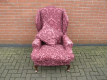 WCQA2 Wing Back Chair with Queen Anne Style Leg