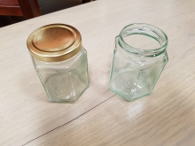 GJJX17 Jam Jars with and without lids