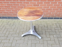 WTODT02 Round Outdoor Table with Chrome Base