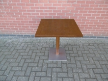 MWRT05 Pedestal Table
