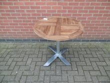 FTTR10 Round Outdoor Table with Flip Top