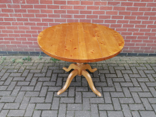 CFC0042 Round Restaurant Dining Table. 107 cm Diameter